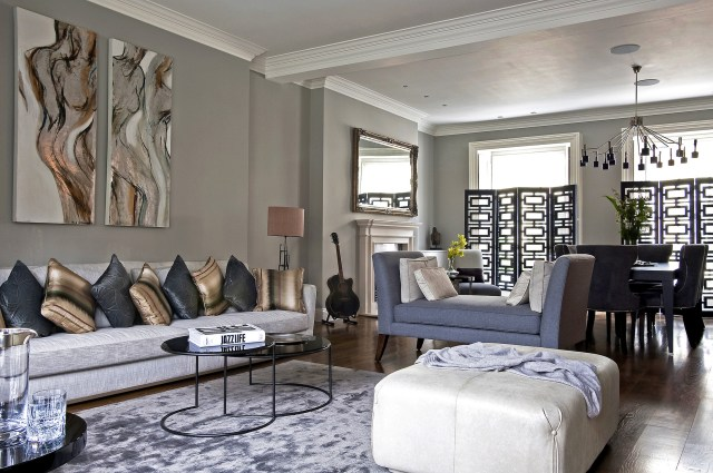 Luxury And Elegant Painting For Luxury Family Room