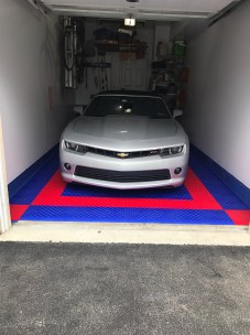 Red & Blue Garage Floor Diamond Tiles