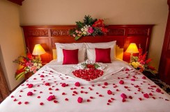 Use Fragrances For Romantic Bedroom Decorating Ideas