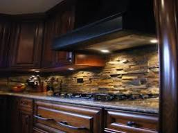 bluff stone mounting patterns for a Warm and Enjoyable Kitchen
