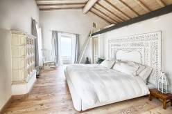 Bedroom for Rustic-style Luxury House Design