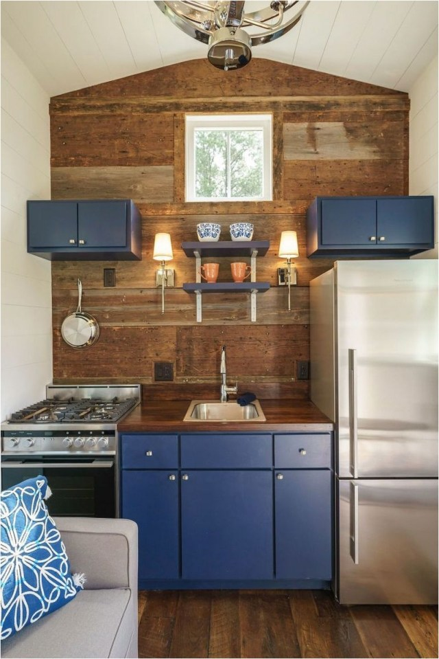 Blue Kitchen Set To Maximizing Place In Kitchen