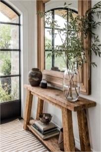 Guci And Bamboo In Wood Table