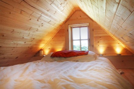 Roof Construction For Comfort Attic Bedroom