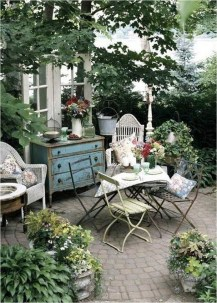 Shabby Chic Backyard Ideas