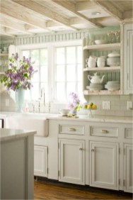 Shabby Chic Farmhouse Kitchen Style