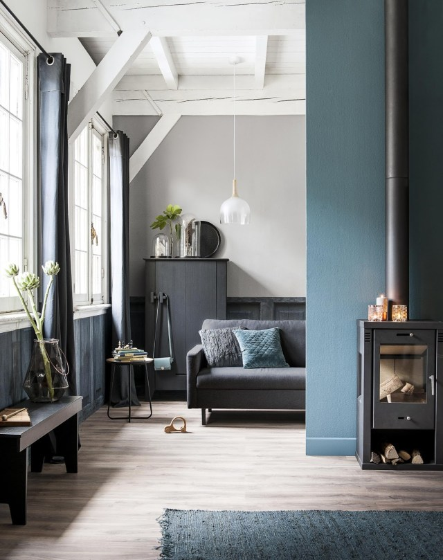 Dark Green for Bedroom with Black-White Theme