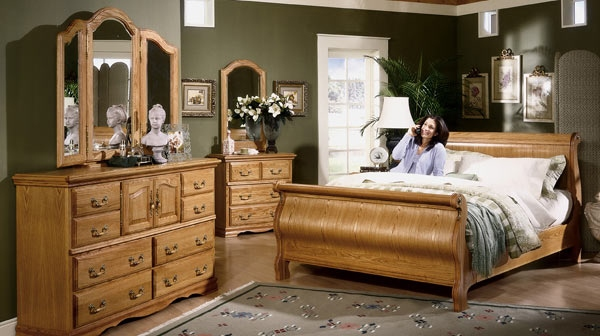 Beauty in Every Part for Wooden Furniture in Your Bedroom