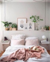 Striped Bed Printed To Make Bedroom More Spacious