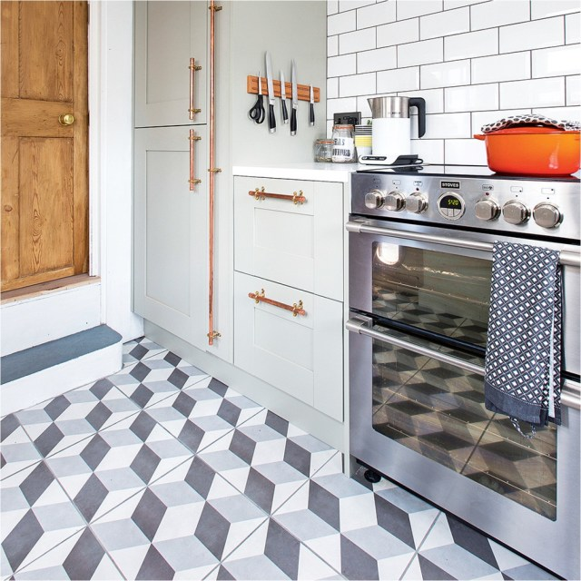 3D Cube Graphic For Kitchen Flooring Ideas