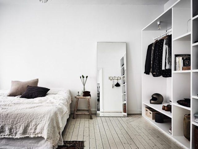 The Big Mirror for Designing Korean Style Minimalist Bedroom