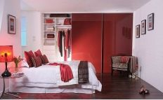 Glossy Red for Various Wardrobe Designs