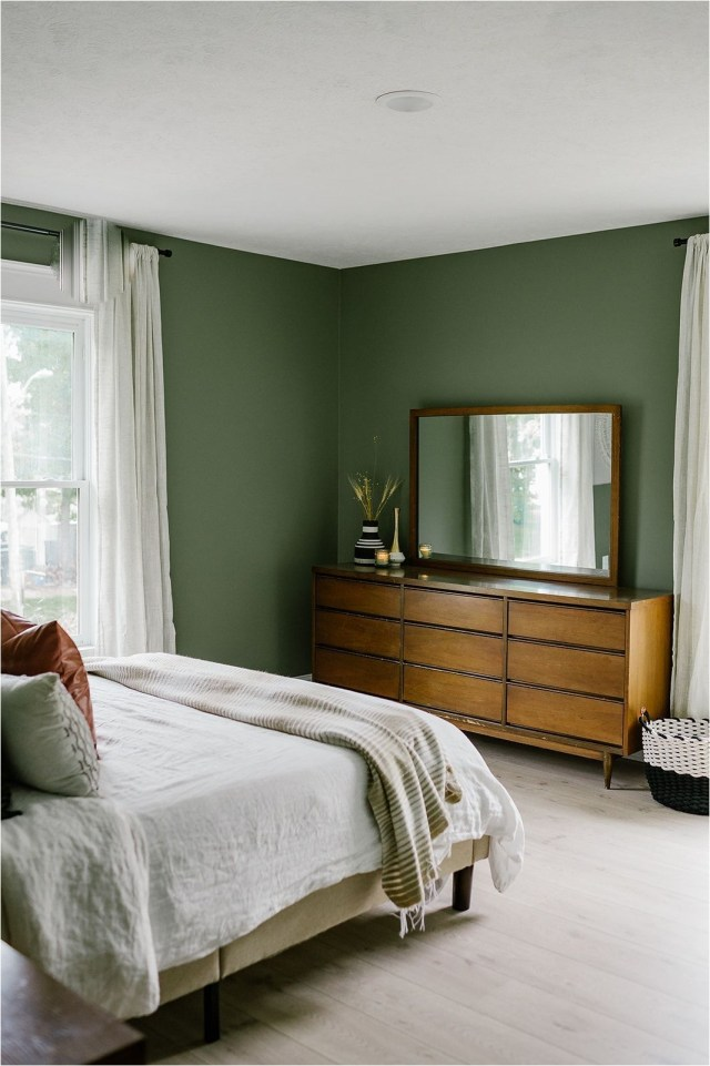 Sage And White Bedroom Decorations