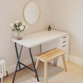 Simple for a Charming Minimalist Dresser