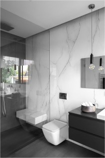 Black And White Minimalist Bathroom Design Ideas