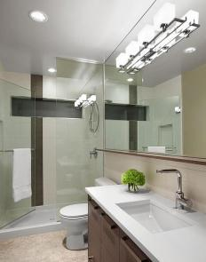 Bounce Lighting for Stunning Lighting in Modern Minimalist Bathroom