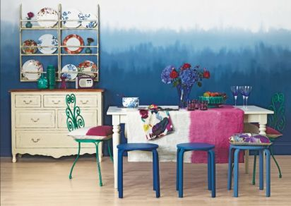 Typical Colors for Dining Room with All-Blue Theme