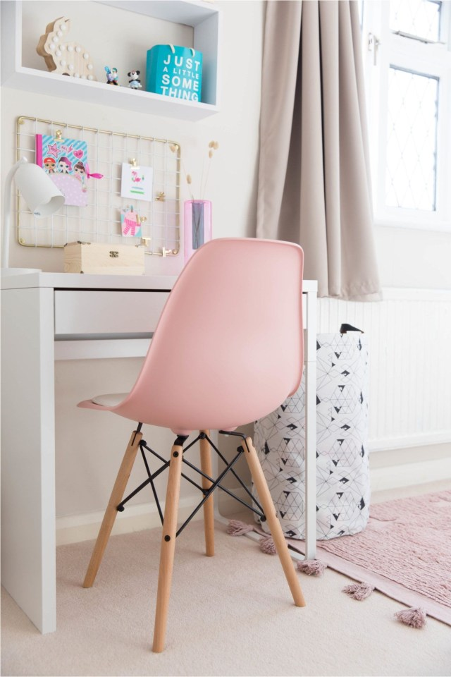 Scandinavian Girl Study Desk