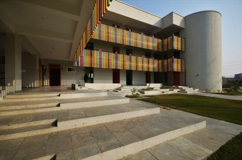 Modern Public School - AUM ArchitectsSKP_4402 (2) copy