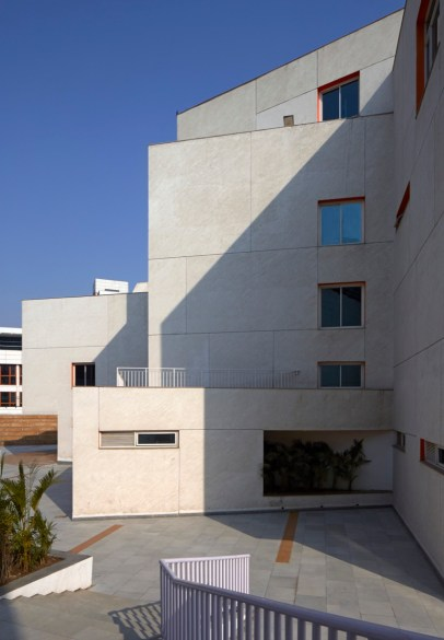 MPH at DPS NOIDA by r+d Studio-RDS-MPH-0012