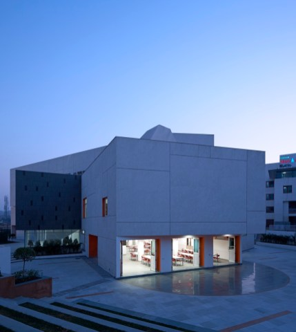 MPH at DPS NOIDA by r+d Studio-RDS-MPH-0016