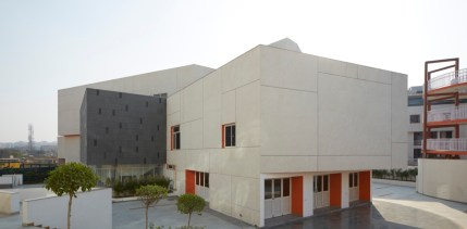 MPH at DPS NOIDA by r+d Studio-RDS-MPH-0018