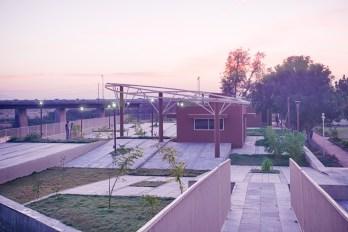 Harnav River Edge - Studio UA Lab-1 (42) copy