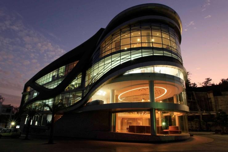 Dilip Buildcon Center, Bhopal, Kushwah and Kushwah Architects