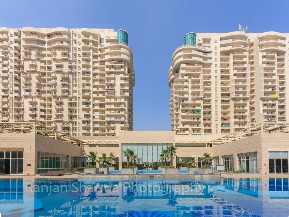 Mahagun Moderne at NOIDA, by GPMA 11