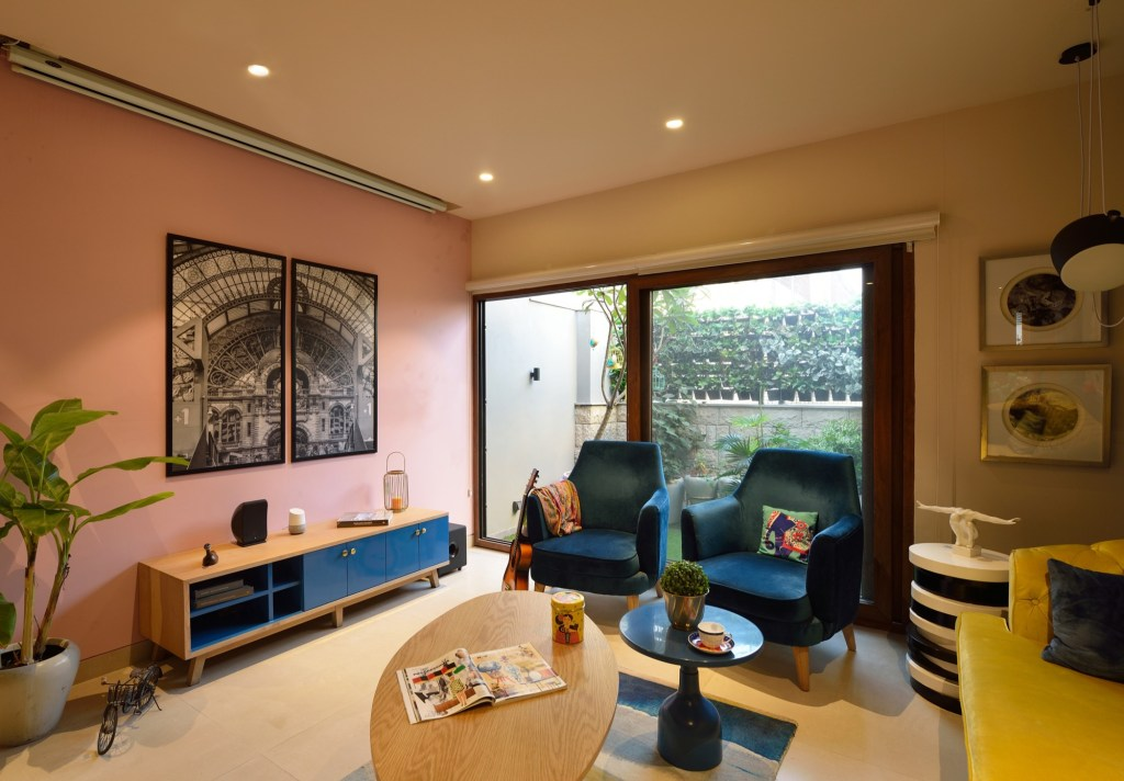 Interior Design: Krisha's Residence at New Delhi, by Spaces Architects @ka 21