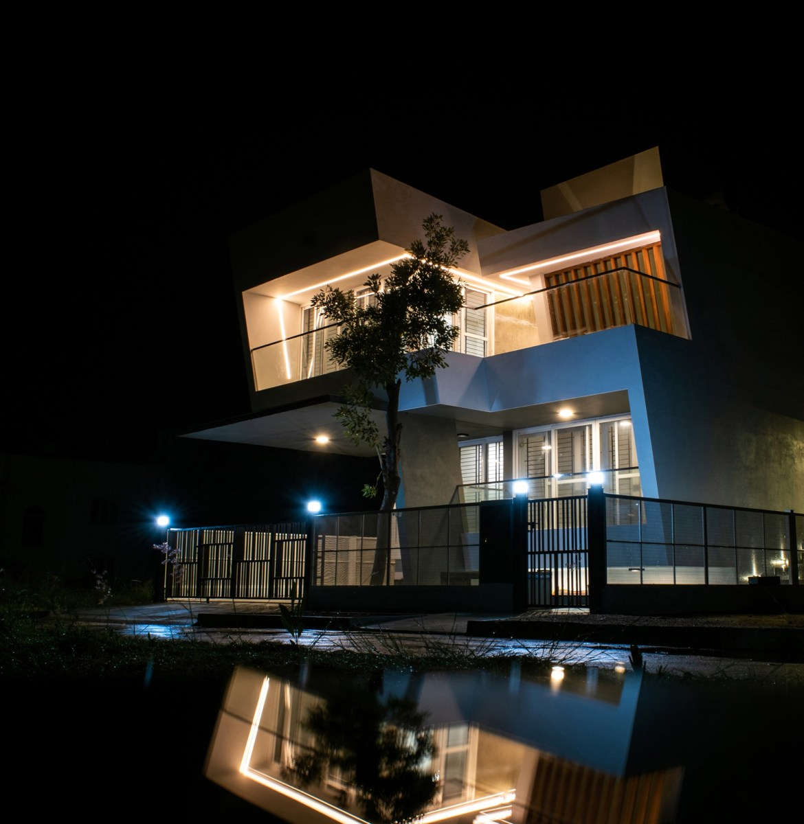 House in the Golf Course, Bengaluru, by Radical Architecture Design Consultants 15