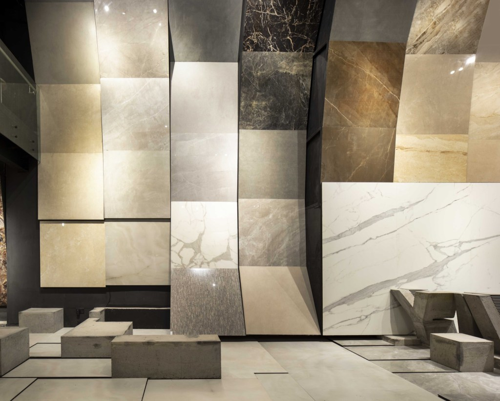 MOFA Studio creates a theatrical monochromatic space for a tile showroom in Gurgaon 10