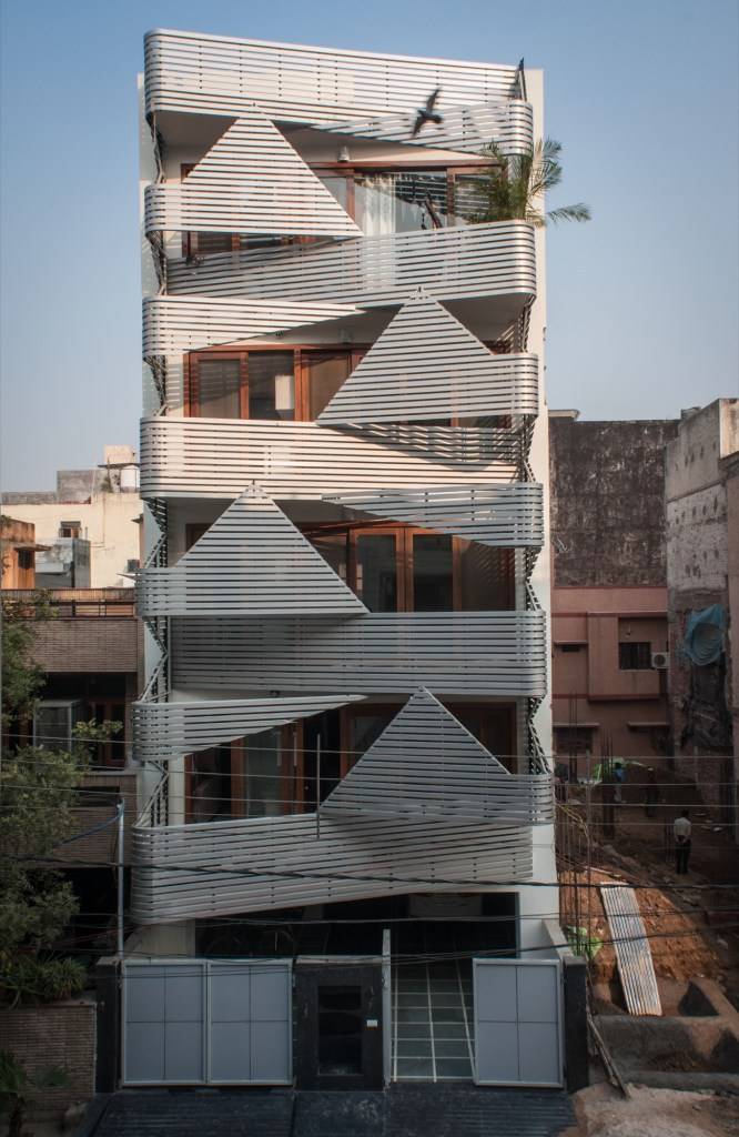 Apartment @143, at New Delhi by Plan Loci 1