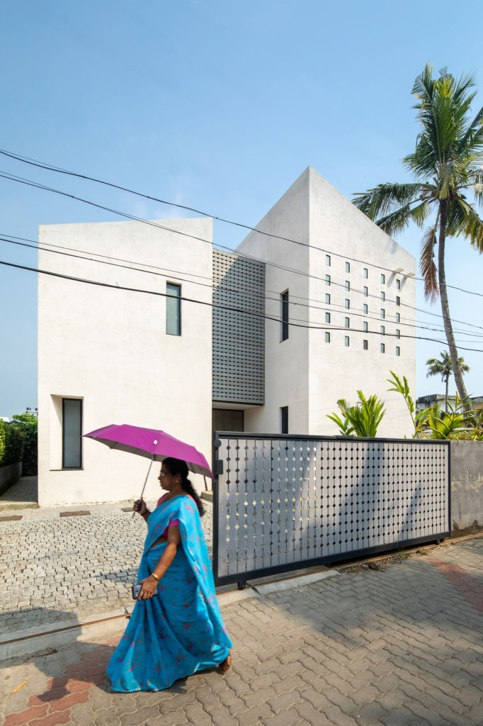 Maison Kochi, at Cohin, Kerala, by Meister Varma Architects 15