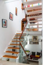 11 Stairs