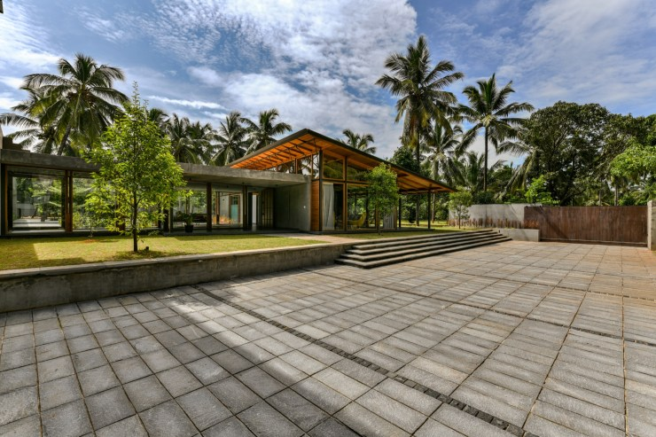 The Skew House, at Kerala, by Thought Parallels Architecture 3
