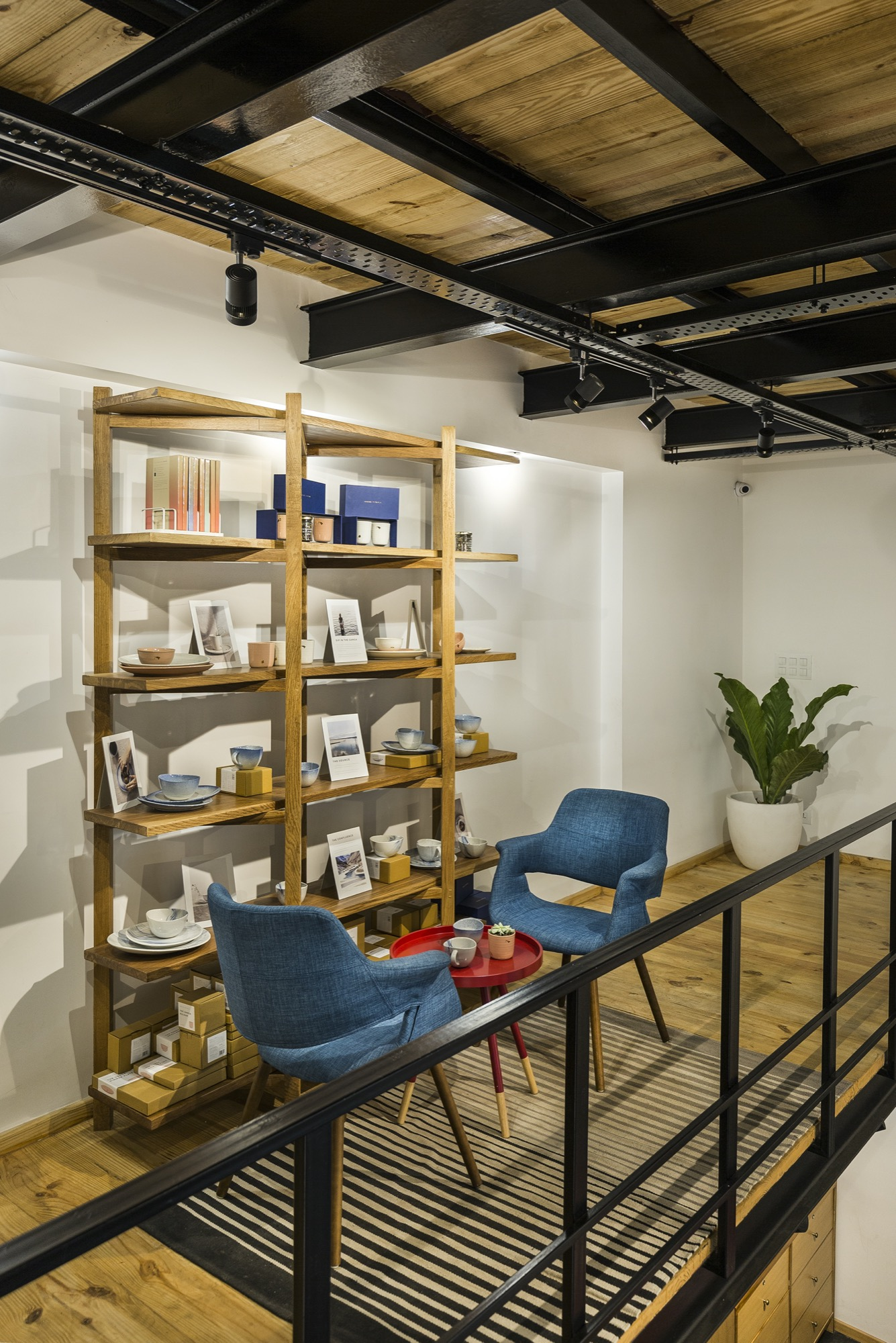 Mypaperclip Flagship Store – Stationery Experience Center at Gurgaon, by Sync Design Studio 13