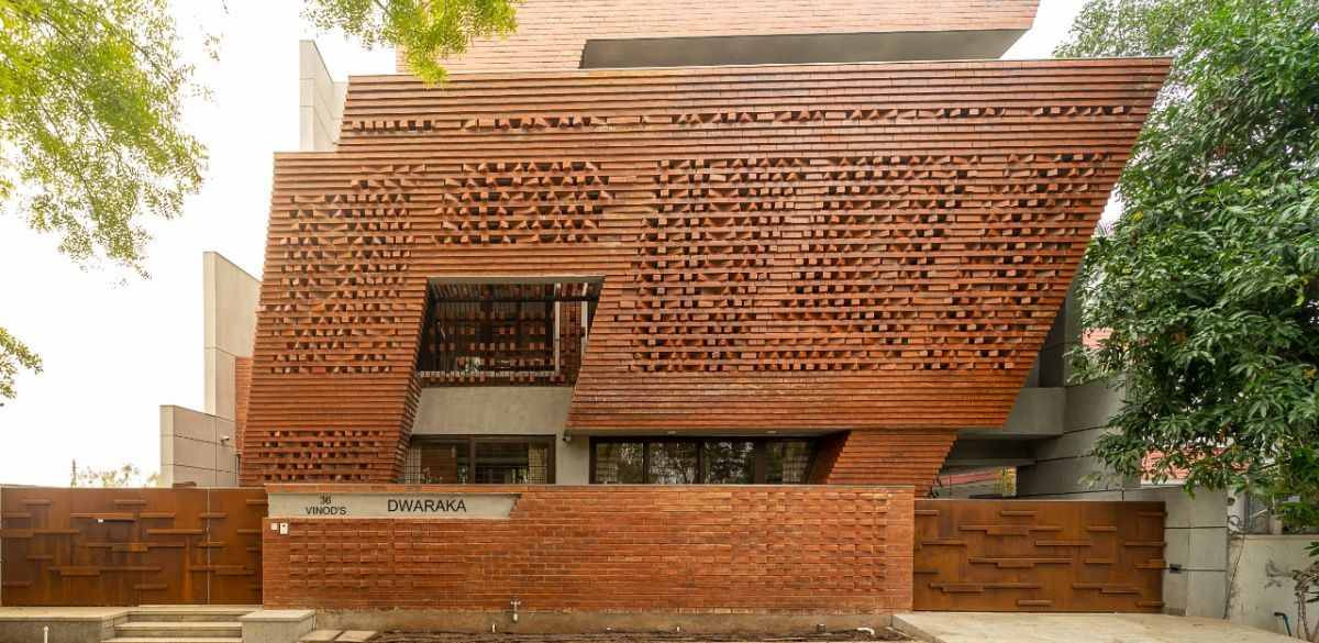VINOD RESIDENCE, at COIMBATORE, by Murali Architects Team