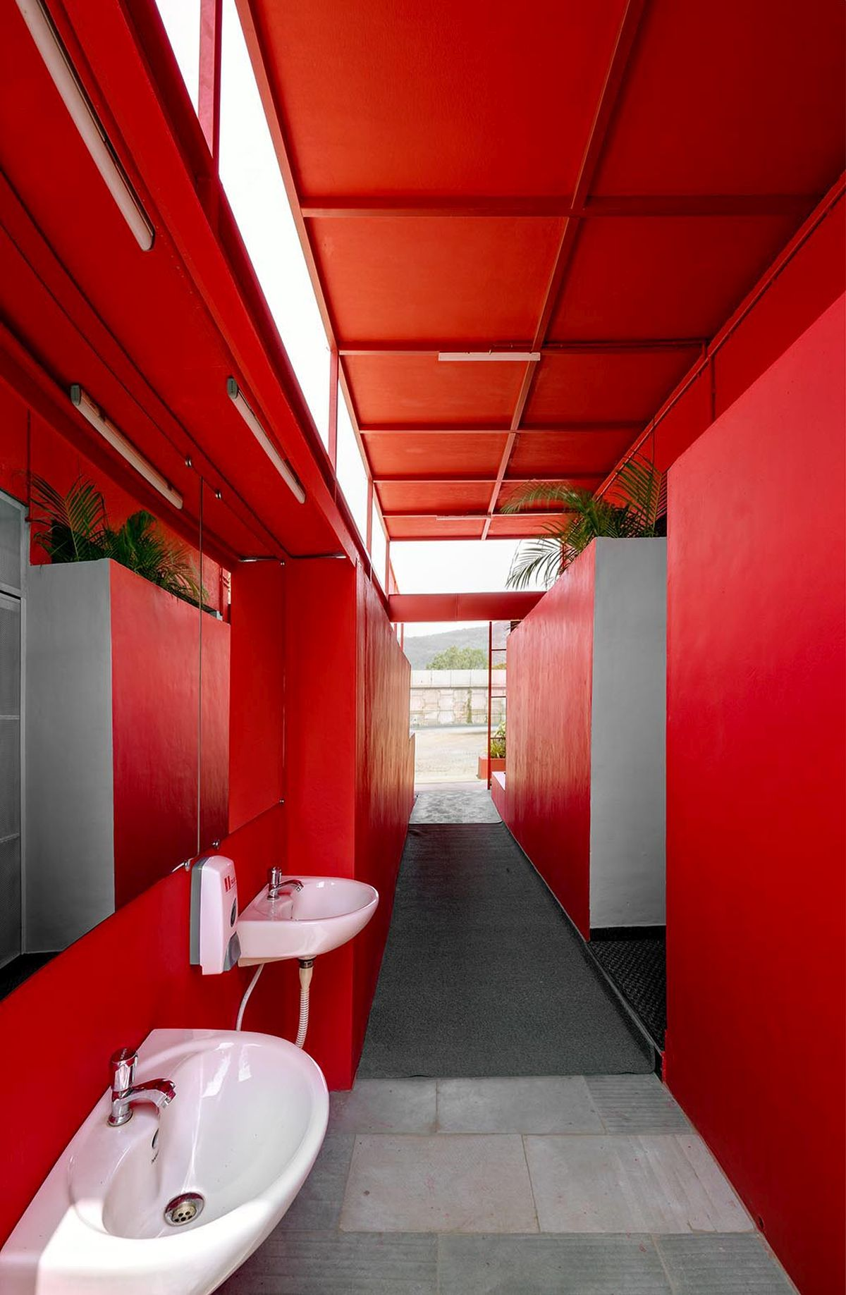 Pause - Restrooms, at Bombay-Goa Highway, by RC Architects 27