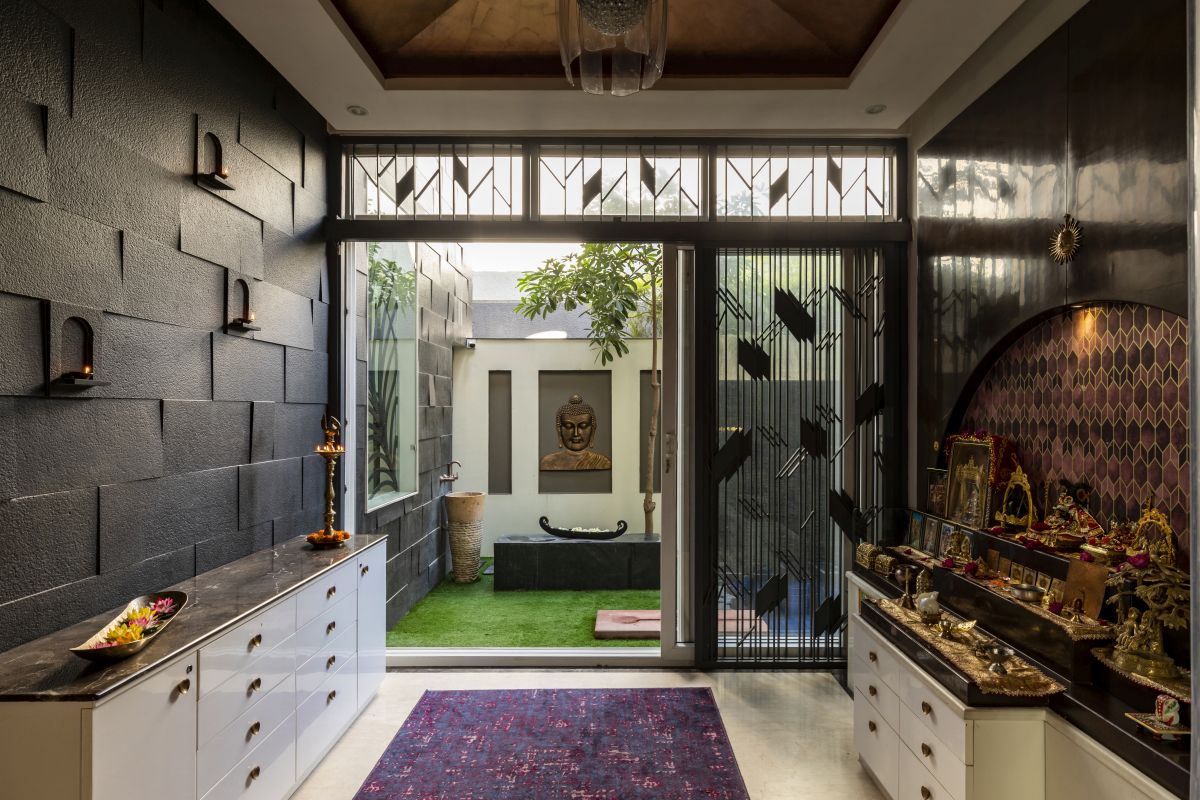 The Leaf House, at Indore, M.P, by Span Architects 60