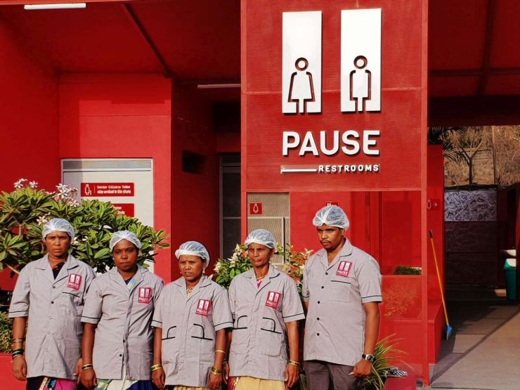 Pause - Restrooms, at Bombay-Goa Highway, by RC Architects 55
