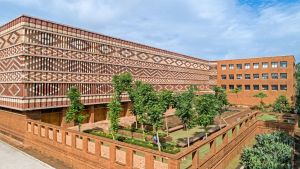 Krushi Bhawan | 150 Local Artisans Come Together to Craft a Civic Building in India, by Studio Lotus