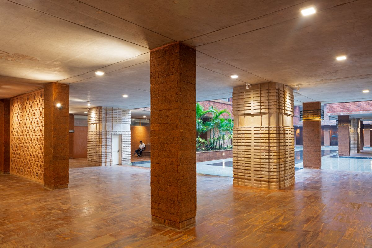 Krushi Bhawan   150 Local Artisans Come Together to Craft a Civic Building in India, by Studio Lotus 10