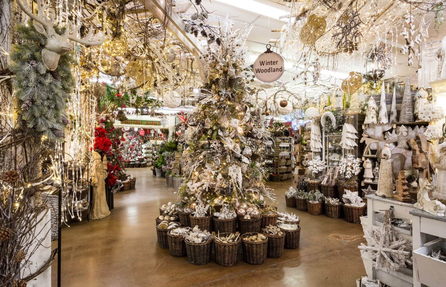 Best Means Of Creating A Holiday Atmosphere With Christmas