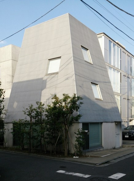 2010 - Yutenji Apartments - architecture WORKSHOP