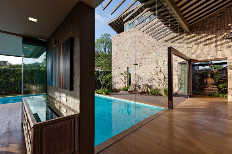 139626534933113 Uninterrupted view from the Living towards Swimming Pool Garden  Staircase Courtyard