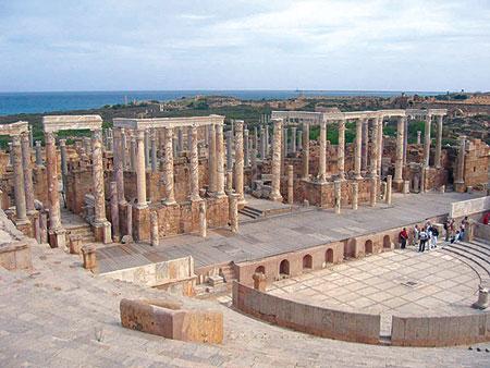 ليبيا ما بعد الثورة تتجمل للسياح