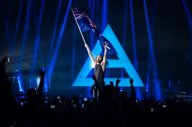 Jared Leto waves the Australian flag