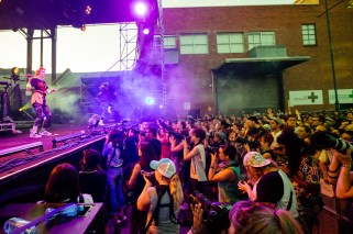 : Grimes - Melbourne Laneway Festival 2016 Footscray Melbourne