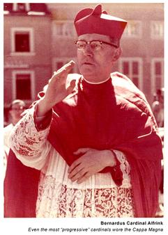 132 Archbishop of Utrecht CAPPA MAGNA